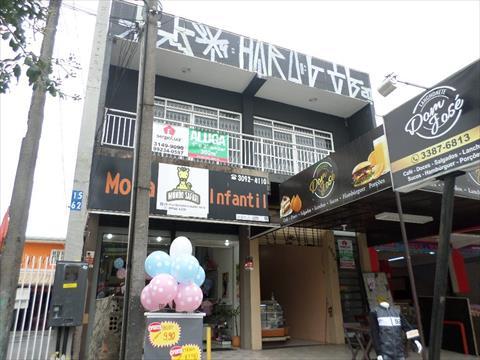 Loja para locacao no Sitio Cercado em Curitiba com 400m² por R$ 3.500,00