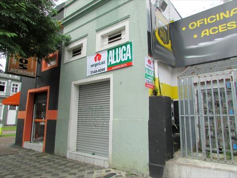 Loja para locacao no Reboucas em Curitiba com 37m² por R$ 1.000,00