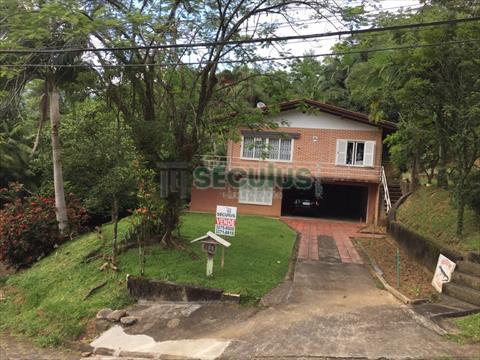 Casa Residencial para venda no Centro em Jaragua do Sul com 1,343m² por R$ 1.100.000,00