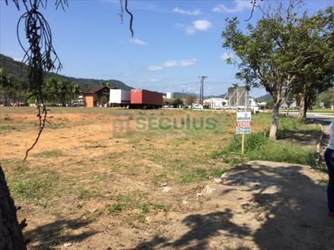 Terreno para venda no Centro em Massaranduba com 0m² por R$ 2.500.000,00