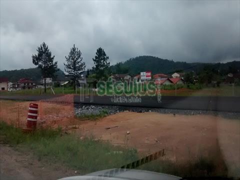 Terreno para venda no Centro em Guaramirim com 4,531m² por R$ 2.350.000,00