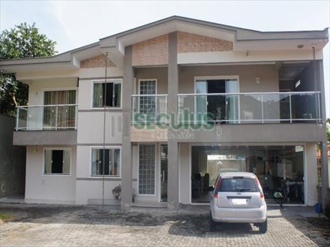 Casa Residencial para venda no Barra do Rio Molha em Jaragua do Sul com 400m² por R$ 1.250.000,00