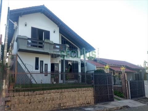 Casa Residencial para venda no Vila Lenzi em Jaragua do Sul com 373m² por R$ 820.000,00