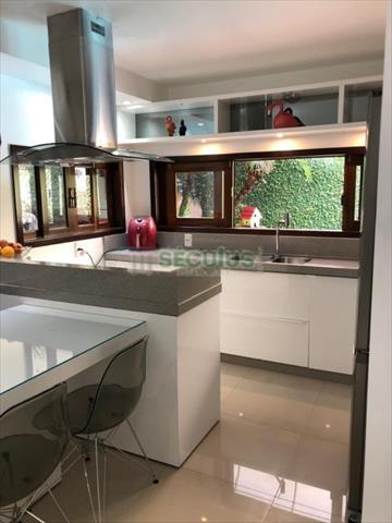 Casa Residencial para venda no Amizade em Jaragua do Sul com 330m² por R$ 1.050.000,00