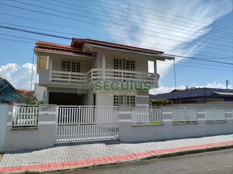 Casa Residencial para venda no Sao Luis em Jaragua do Sul com 213m² por R$ 850.000,00