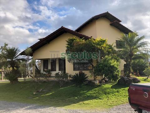 Casa Residencial para venda no Czerniewicz em Jaragua do Sul com 250m² por R$ 6.390.000,00