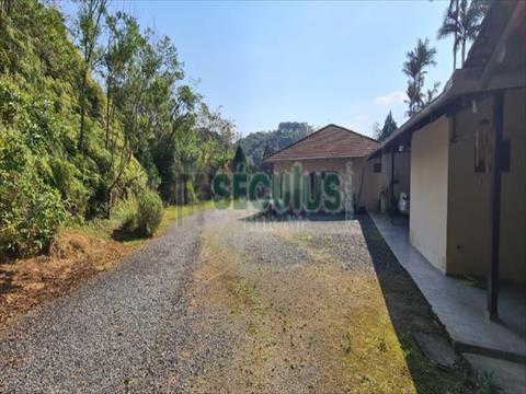 Terreno para venda no Tres Rios do Norte em Jaragua do Sul com 0m² por R$ 1.800.000,00