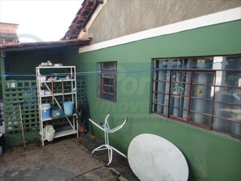 Chácara Com Construção para venda no Jardim Orestes Veroni em Limeira com 840m² por R$ 300.000,00