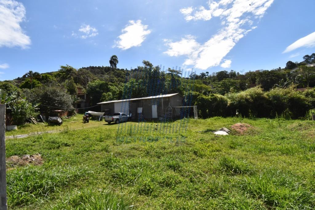 Terreno para venda no Sambaqui em Florianopolis com 0m² por R$ 740000