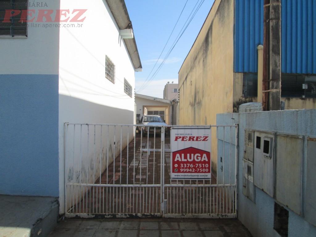 01677.001, Casa de 3 quartos para alugar no Centro - Londrina/PR