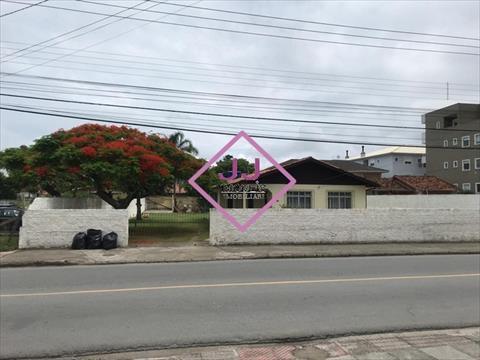 Terreno para venda no Ingleses do Rio Vermelho em Florianopolis com 880m² por R$ 1.700.000,00