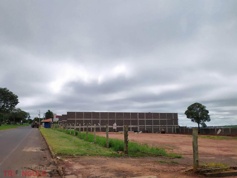 Terreno para locacao no Zona VII em Umuarama com 800m² por R$ 3000