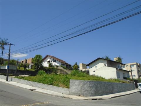Terreno para locacao no Gloria em Joinville com 962m² por R$ 4.500,00