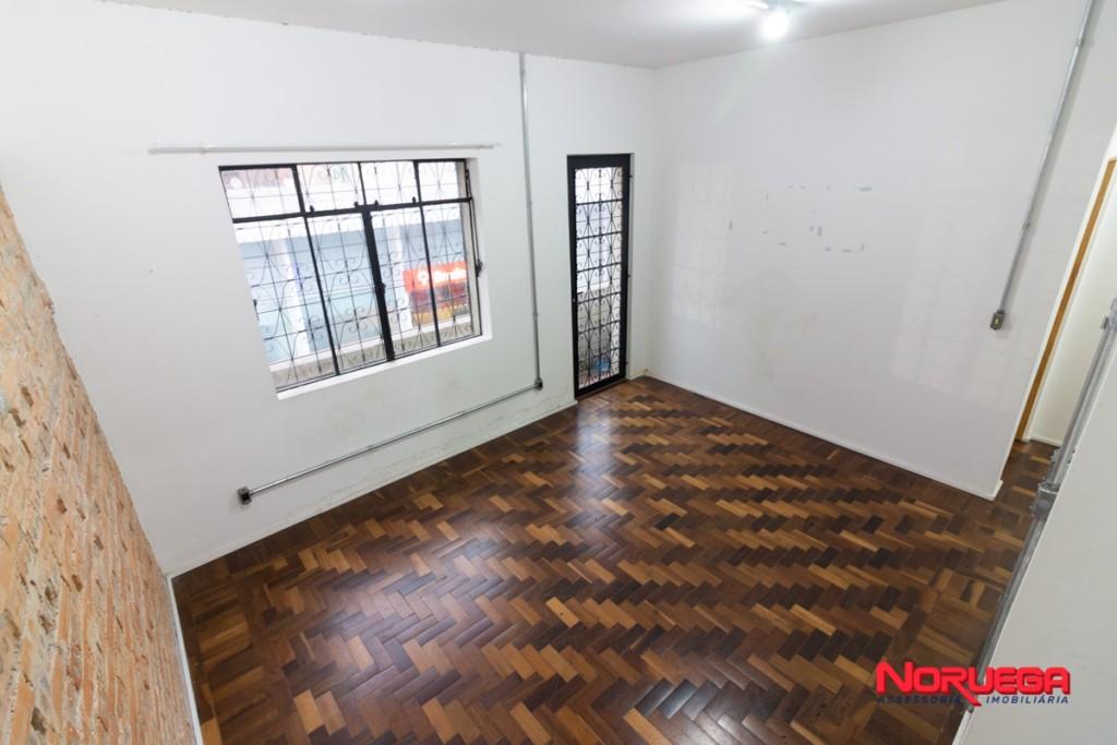 Apartamento para locacao no Centro em Curitiba com 55,00m² por R$ 1.200,00