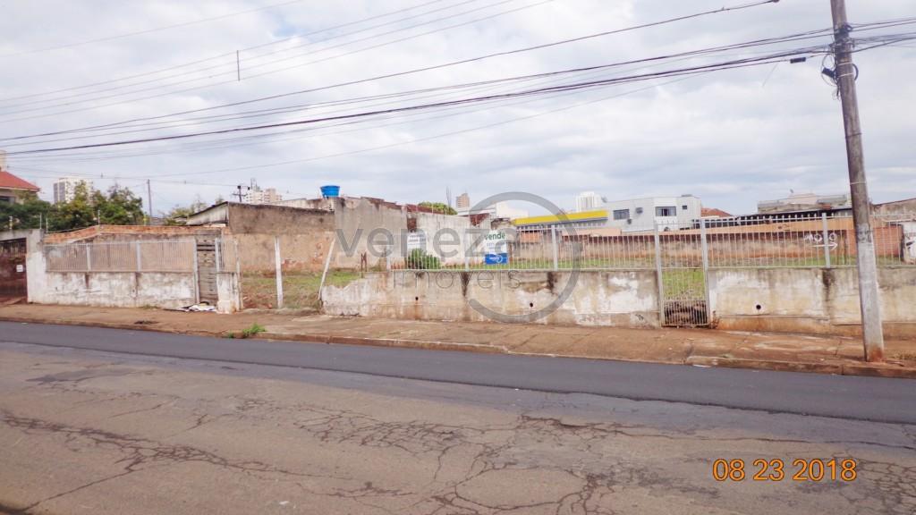 Terreno para venda no Centro em Londrina com 1,931m² por R$ 1.980.000,00