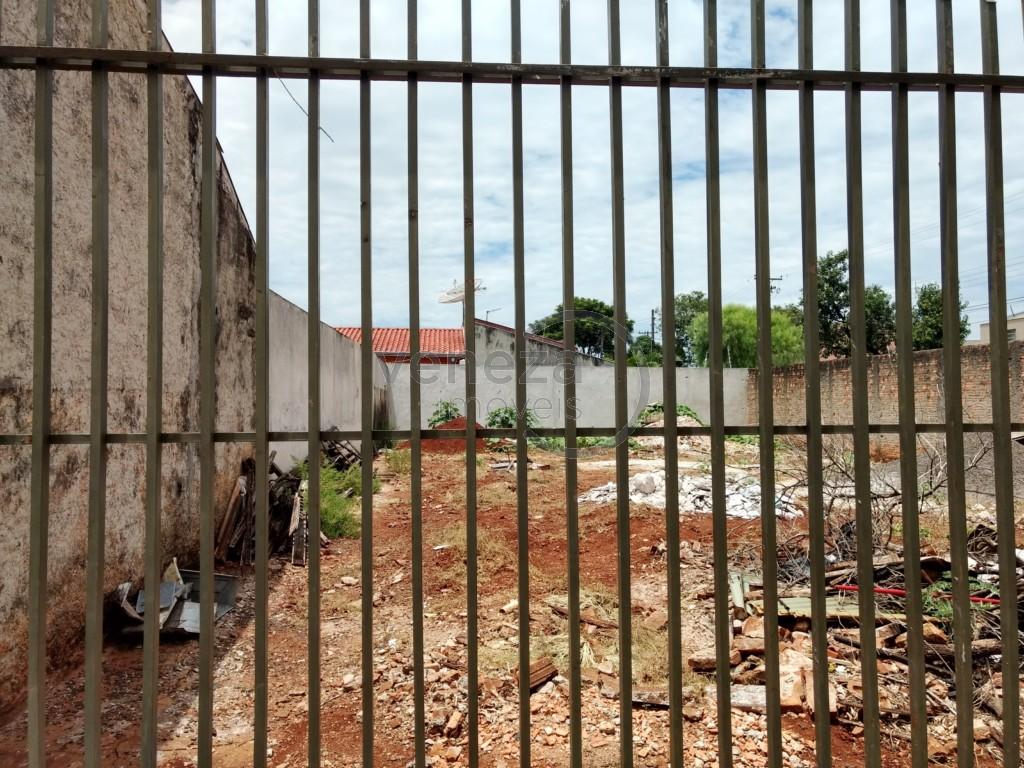 Terreno para venda no Casoni em Londrina com 286m² por R$ 230.000,00