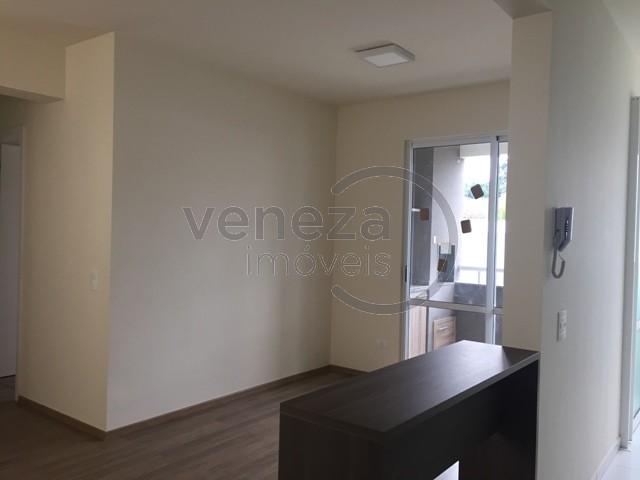 Apartamento para venda no Aurora em Londrina com 72m² por R$ 360.000,00