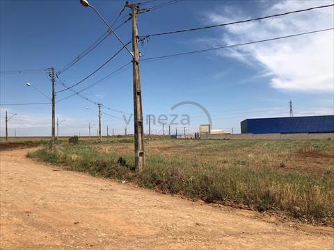 Terreno para locacao no Estancia Dellaville em Londrina com 2,700m² por R$ 1.500,00