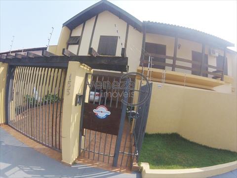 Casa Residencial para venda no Petropolis em Londrina com 297m² por R$ 990.000,00