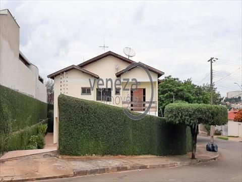 Casa Residencial para venda no Alvorada em Londrina com 370m² por R$ 950.000,00