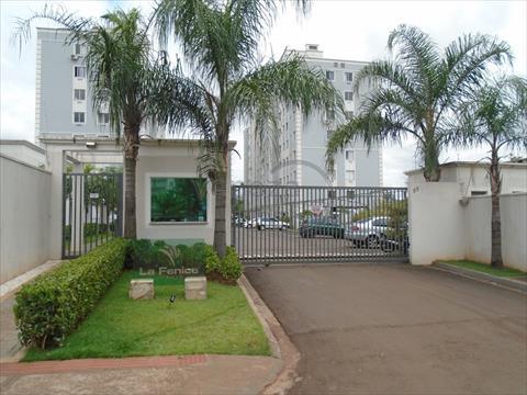 Apartamento para venda no Vale dos Tucanos em Londrina com 37m² por R$ 120.000,00