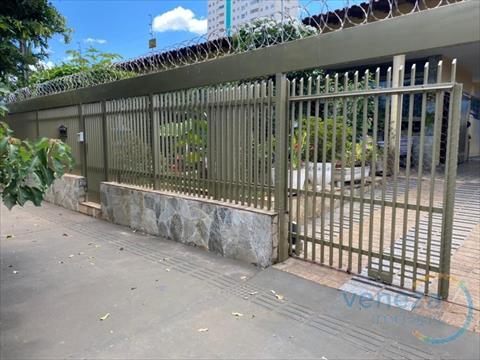 Casa Residencial para venda no Shangri-la em Londrina com 251m² por R$ 875.000,00