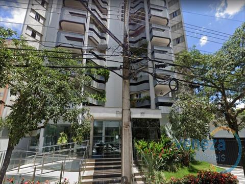 Apartamento para venda no Centro em Londrina com 239m² por R$ 940.000,00