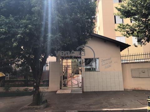 Apartamento para venda no Jamaica em Londrina com 68m² por R$ 180.000,00