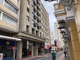 Conjunto Comercial para locacao no Centro em Curitiba com 0m² por R$ 563,50