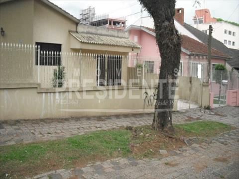 Terreno para venda no Portao em Curitiba com 683m² por R$ 1150000