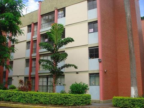Apartamento para locacao no Zona 07 em Maringa com 90m² por R$ 740,00