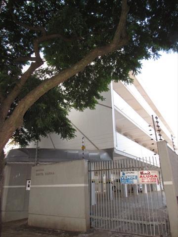 Apartamento para locacao no Zona 07 em Maringa com 61m² por R$ 550,00
