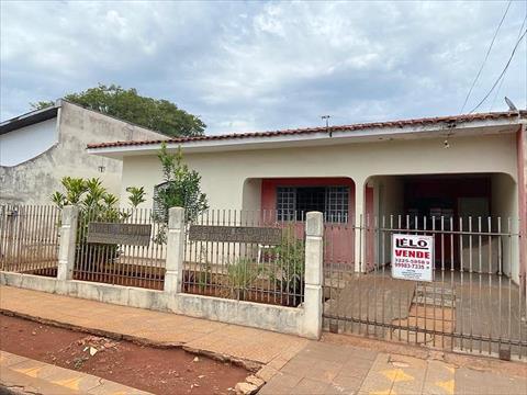 Casa Residencial para venda no Parque Hortencia em Maringa com 144m² por R$ 284.000,00