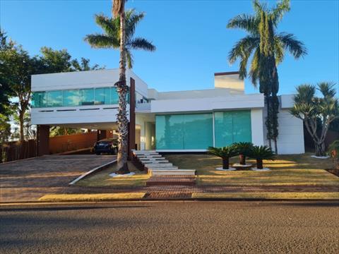 Sobrado para venda no Parque Industrial 200 em Maringa com 413m² por R$ 1.998.000,00